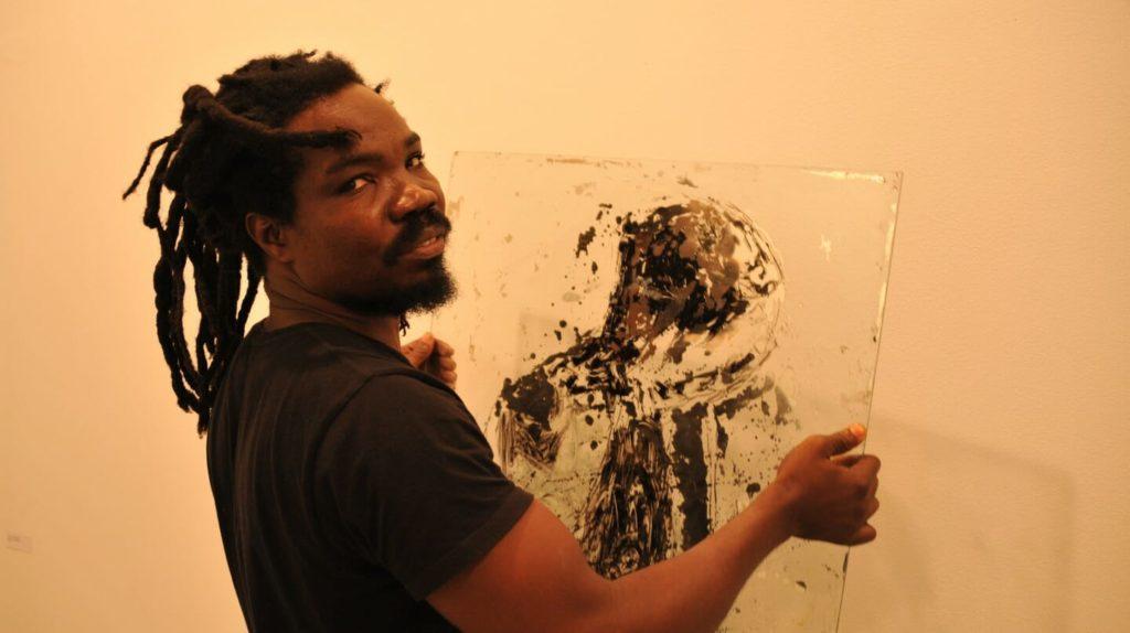 4-sadikou-mirror-1024x574 Stasis: Sadikou Oukpedjo's solo show at Cécile Fakhoury gallery in Dakar