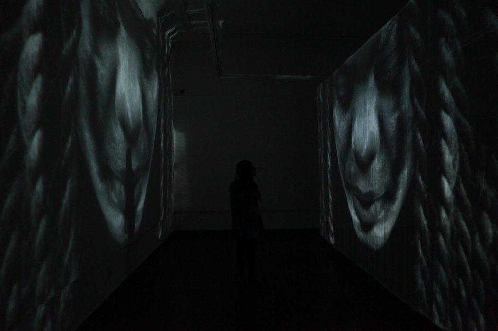 csm_Bild_1_2a6ad2d41a-1024x682 Gladys Kalichini and Talya Lubinsky investigate the ideas of collective memories at Villa 102 in Frankfurt am Main